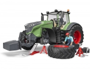 Bruder Fendt 1050 Vario mit Mechaniker